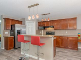 Photo 7: 30 COVEPARK Rise NE in Calgary: Coventry Hills House for sale : MLS®# C4163542