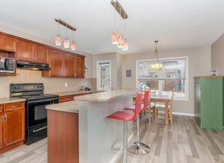 Photo 6: 30 COVEPARK Rise NE in Calgary: Coventry Hills House for sale : MLS®# C4163542