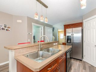 Photo 10: 30 COVEPARK Rise NE in Calgary: Coventry Hills House for sale : MLS®# C4163542