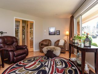 Photo 5: 1014 Vega Pl in COMOX: CV Comox Peninsula House for sale (Comox Valley)  : MLS®# 779427