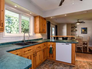 Photo 6: 1014 Vega Pl in COMOX: CV Comox Peninsula House for sale (Comox Valley)  : MLS®# 779427