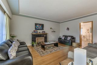 Photo 11: 5585 CHESTER Street in Vancouver: Fraser VE House for sale (Vancouver East)  : MLS®# R2251986
