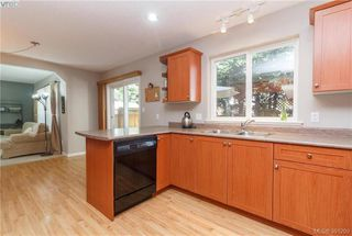 Photo 10: 2728 Windman Lane in VICTORIA: La Mill Hill Single Family Detached for sale (Langford)  : MLS®# 391299