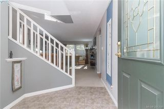 Photo 3: 2728 Windman Lane in VICTORIA: La Mill Hill Single Family Detached for sale (Langford)  : MLS®# 391299
