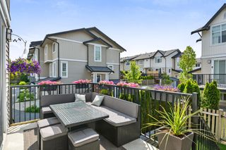 "Photo 19: 204 2450 161A Street in Surrey: Grandview Surrey Townhouse for sale in ""GLENMORE"" (South Surrey White Rock)  : MLS®# R2277039"
