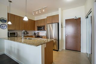 """Photo 5: 406 285 ROSS Drive in New Westminster: Fraserview NW Condo for sale in """"THE GROVE"""" : MLS®# R2278705"""