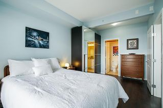 """Photo 10: 406 285 ROSS Drive in New Westminster: Fraserview NW Condo for sale in """"THE GROVE"""" : MLS®# R2278705"""