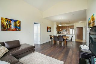 """Photo 8: 406 285 ROSS Drive in New Westminster: Fraserview NW Condo for sale in """"THE GROVE"""" : MLS®# R2278705"""