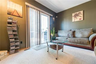 Photo 9: 75 Chancery Bay in Winnipeg: River Park South Residential for sale (2F)  : MLS®# 1818481