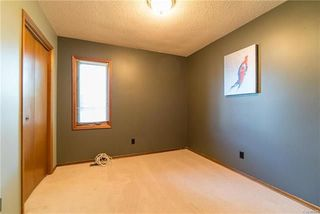 Photo 12: 75 Chancery Bay in Winnipeg: River Park South Residential for sale (2F)  : MLS®# 1818481