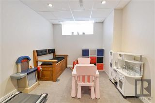 Photo 16: 15 Bellflower Road in Winnipeg: Bridgwater Forest Residential for sale (1R)  : MLS®# 1822481