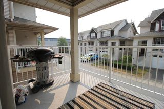 "Photo 8: 18610 65 Avenue in Surrey: Cloverdale BC Townhouse for sale in ""Ridgeway"" (Cloverdale)  : MLS®# R2299055"