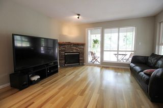 "Photo 3: 18610 65 Avenue in Surrey: Cloverdale BC Townhouse for sale in ""Ridgeway"" (Cloverdale)  : MLS®# R2299055"