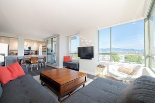 "Photo 2: 603 2288 PINE Street in Vancouver: Fairview VW Condo for sale in ""The Fairview"" (Vancouver West)  : MLS®# R2303181"