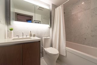 """Photo 9: 2055 38 SMITHE Street in Vancouver: Downtown VW Condo for sale in """"One Pacific"""" (Vancouver West)  : MLS®# R2310342"""