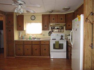 Photo 2: 31540 OAKRIDGE Crescent in Abbotsford: Poplar Manufactured Home for sale : MLS®# R2312613