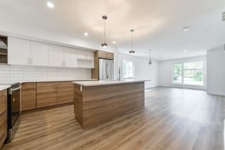 Photo 6: 2 11340 87 Street in Edmonton: Zone 05 House Half Duplex for sale : MLS®# E4138214