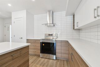 Photo 5: 2 11340 87 Street in Edmonton: Zone 05 House Half Duplex for sale : MLS®# E4138214