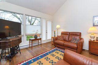 Photo 6: 533 Mary Street in VICTORIA: VW Victoria West Strata Duplex Unit for sale (Victoria West)  : MLS®# 405050