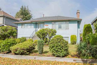 Photo 2: 2385 E 54TH Avenue in Vancouver: Killarney VE House for sale (Vancouver East)  : MLS®# R2336292