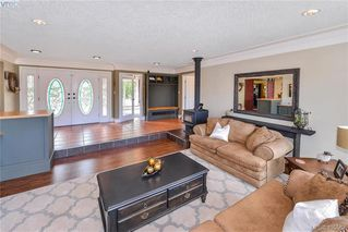 Photo 19: 1716 Woodsend Drive in VICTORIA: SW Granville Single Family Detached for sale (Saanich West)  : MLS®# 405562