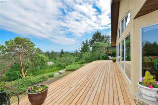 Photo 4: 1716 Woodsend Drive in VICTORIA: SW Granville Single Family Detached for sale (Saanich West)  : MLS®# 405562