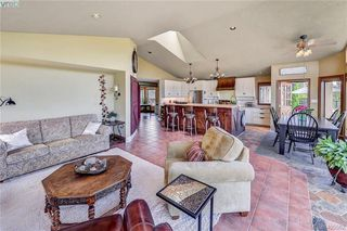 Photo 20: 1716 Woodsend Drive in VICTORIA: SW Granville Single Family Detached for sale (Saanich West)  : MLS®# 405562