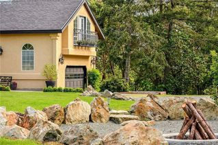 Photo 41: 1716 Woodsend Drive in VICTORIA: SW Granville Single Family Detached for sale (Saanich West)  : MLS®# 405562
