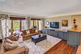 Photo 16: 1716 Woodsend Drive in VICTORIA: SW Granville Single Family Detached for sale (Saanich West)  : MLS®# 405562