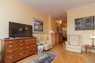 Photo 3: 14 3281 Maplewood Road in VICTORIA: SE Cedar Hill Townhouse for sale (Saanich East)  : MLS®# 405946