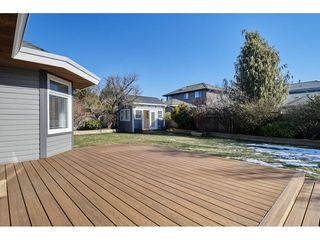 """Photo 2: 14879 21B Avenue in Surrey: Sunnyside Park Surrey House for sale in """"Meridian By The Sea"""" (South Surrey White Rock)  : MLS®# R2345595"""