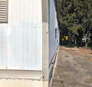 "Photo 3: 9 201 CAYER Street in Coquitlam: Maillardville Manufactured Home for sale in ""WILDWOOD PARK"" : MLS®# R2354324"