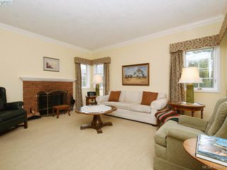 Photo 14: 4558 Pheasantwood Terr in VICTORIA: SE Broadmead House for sale (Saanich East)  : MLS®# 811473