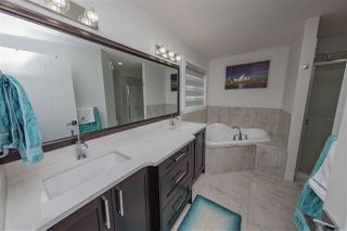 Photo 17: 2518 16A Avenue in Edmonton: Zone 30 House for sale : MLS®# E4153126