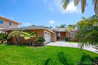 Photo 2: BAY PARK House for sale : 4 bedrooms : 2205 Milton Ct in San Diego