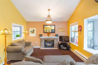 "Photo 3: 66 12099 237 Street in Maple Ridge: East Central Townhouse for sale in ""Gabriola"" : MLS®# R2363906"