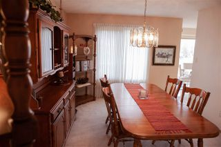 Photo 8: 6104 154 Avenue in Edmonton: Zone 03 House for sale : MLS®# E4156007