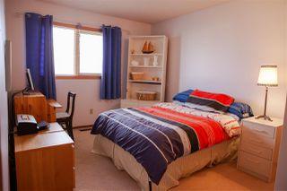 Photo 15: 6104 154 Avenue in Edmonton: Zone 03 House for sale : MLS®# E4156007