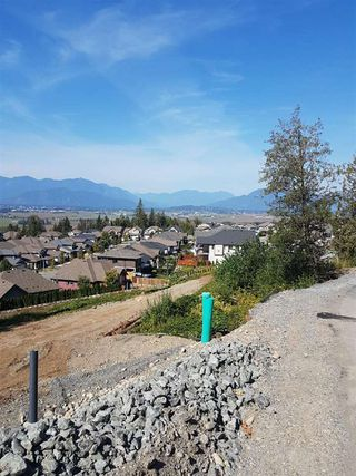 Photo 2: 5 5988 LINDEMAN Street in Chilliwack: Promontory Home for sale (Sardis)  : MLS®# R2370523