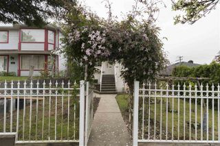 Photo 18: 3088 E GEORGIA Street in Vancouver: Renfrew VE House for sale (Vancouver East)  : MLS®# R2372296