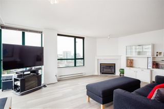 """Photo 3: 1001 8280 WESTMINSTER Highway in Richmond: Brighouse Condo for sale in """"EMERALD PLACE"""" : MLS®# R2372623"""