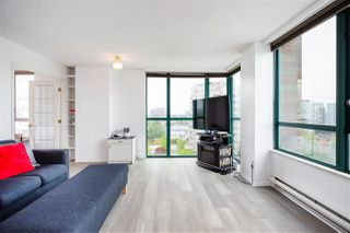 """Photo 6: 1001 8280 WESTMINSTER Highway in Richmond: Brighouse Condo for sale in """"EMERALD PLACE"""" : MLS®# R2372623"""