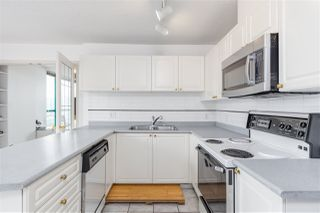 """Photo 8: 1001 8280 WESTMINSTER Highway in Richmond: Brighouse Condo for sale in """"EMERALD PLACE"""" : MLS®# R2372623"""