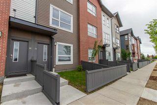 Photo 2: 31 2560 PEGASUS Boulevard in Edmonton: Zone 27 Townhouse for sale : MLS®# E4161118