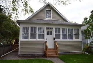 Photo 1: 631 Castle Avenue in Winnipeg: East Elmwood Residential for sale (3B)  : MLS®# 1926170