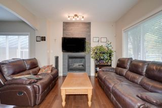Photo 5: 11944 53 Street in Edmonton: Zone 06 House Half Duplex for sale : MLS®# E4173324