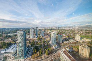 Photo 1: 4306 13495 CENTRAL Avenue in Surrey: Whalley Condo for sale (North Surrey)  : MLS®# R2421736