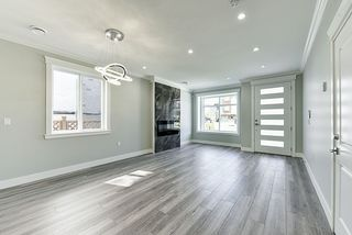 Photo 4: 5349 CHESHAM Avenue in Burnaby: Central Park BS House 1/2 Duplex for sale (Burnaby South)  : MLS®# R2427105