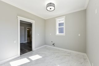 Photo 10: 5349 CHESHAM Avenue in Burnaby: Central Park BS 1/2 Duplex for sale (Burnaby South)  : MLS®# R2427105