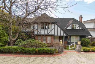 Main Photo: 1390 LAWSON Avenue in West Vancouver: Ambleside House for sale : MLS®# R2445423